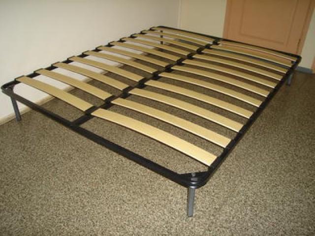 Основание кроватное металлическое